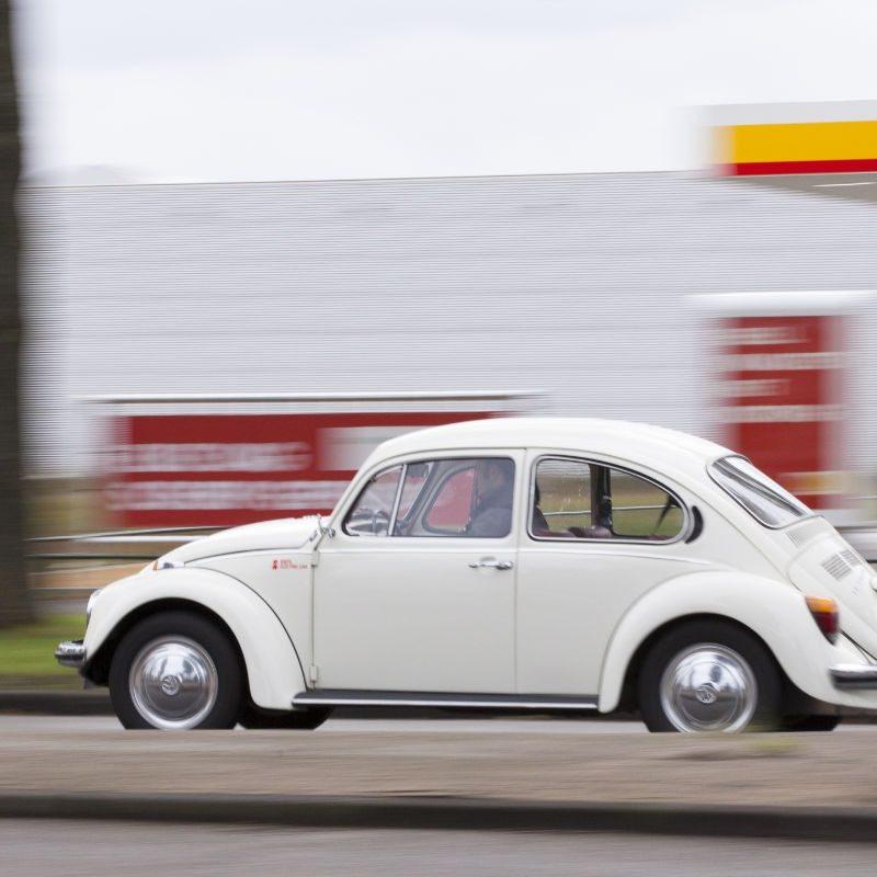 """Volkswagen Kever 1300 <a href=""""https://schilderelectric.nl/blog/schilder-electric-hoe-het-begon/"""">Hoe het begon</a>"""